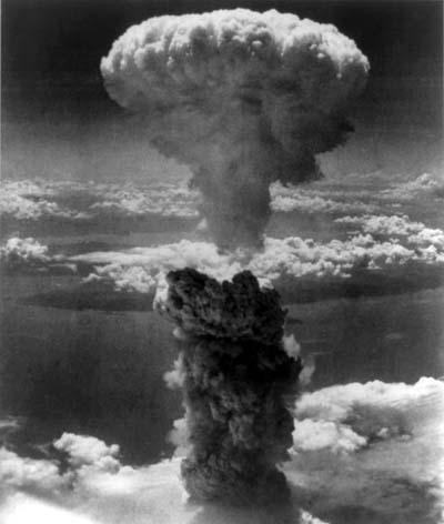 原爆のキノコ雲